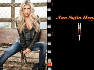 Ana Sofia Henao / Celebrities Female