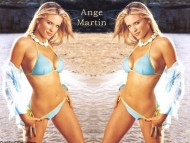 Ange Martin / Celebrities Female