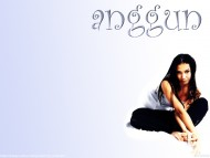 Anggun / Celebrities Female