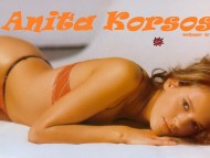 Anita Korsos / Celebrities Female
