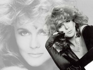 Ann Margret / Celebrities Female