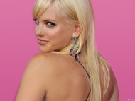 look back / Anna Faris