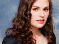 Anna Paquin / Celebrities Female