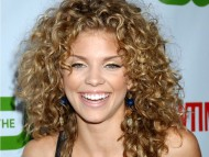 Annalynne McCord / Celebrities Female