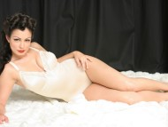 HQ Aria Giovanni  / Celebrities Female