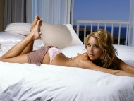Arielle Kebbel / Celebrities Female