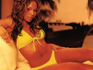Ashanti Douglas / Celebrities Female