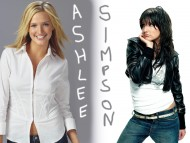Ashlee Simpson / Celebrities Female