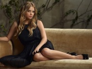 Ashley Benson / Celebrities Female