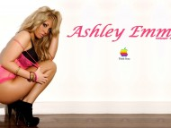 Ashley Emma / Celebrities Female