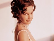 Ashley Judd / Celebrities Female