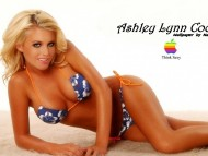 Ashley Lynn Cook / Celebrities Female