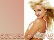 Ashley Roberts / Celebrities Female