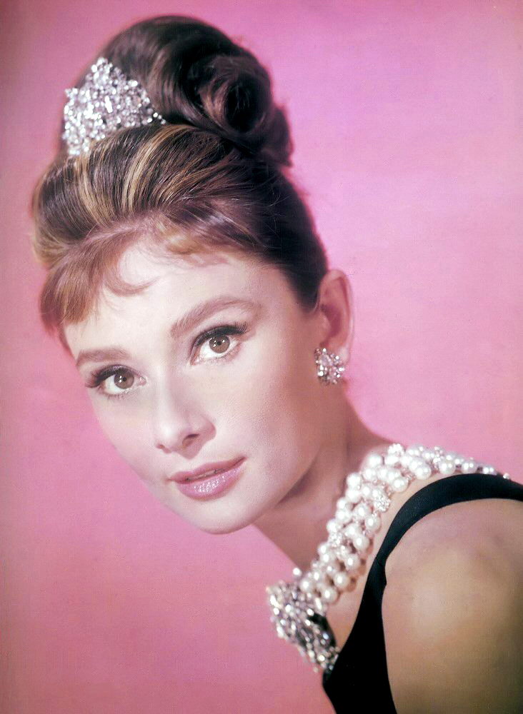 Download Audrey Hepburn / Celebrities Female wallpaper / 732x1000