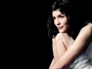 Download Audrey Tautou / Celebrities Female