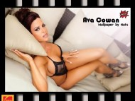 Ava Cowan / Celebrities Female