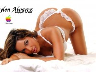 Aylen Alvarez / Celebrities Female