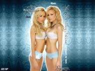 Download Bentley Twins / Celebrities Female