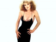 Bernadette Peters / Celebrities Female