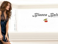 Bianca Balti / Celebrities Female