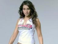 White t-short / Bipasha Basu
