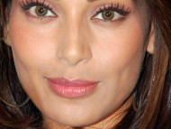 Download face / Bipasha Basu