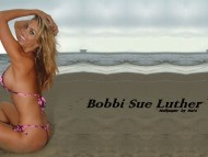 Bobbi Sue Luther / Celebrities Female
