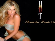 Brande Roderick / Celebrities Female