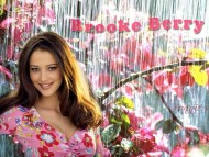 Brooke Berry / Celebrities Female