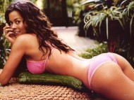 Brooke Burke / Celebrities Female