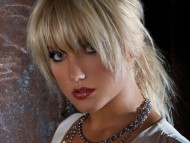 Brooke Hogan / Celebrities Female