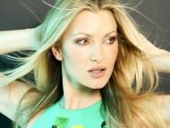 Caprice Bourret / Celebrities Female