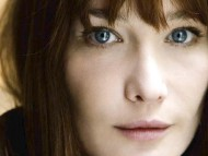 Carla Bruni / Celebrities Female