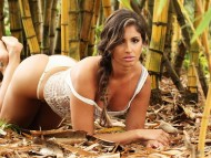 Carol Vieira / Celebrities Female