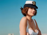 Catherine Bell / Celebrities Female