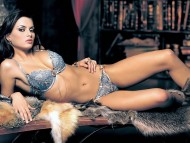 Catrinel Menghia / HQ Celebrities Female