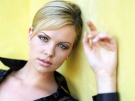 HQ Charlize Theron  / Celebrities Female