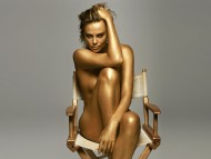 Golden / Charlize Theron