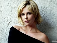 Charlize Theron / Celebrities Female