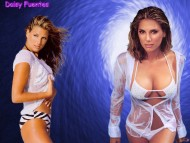 Daisy Fuentes / Celebrities Female