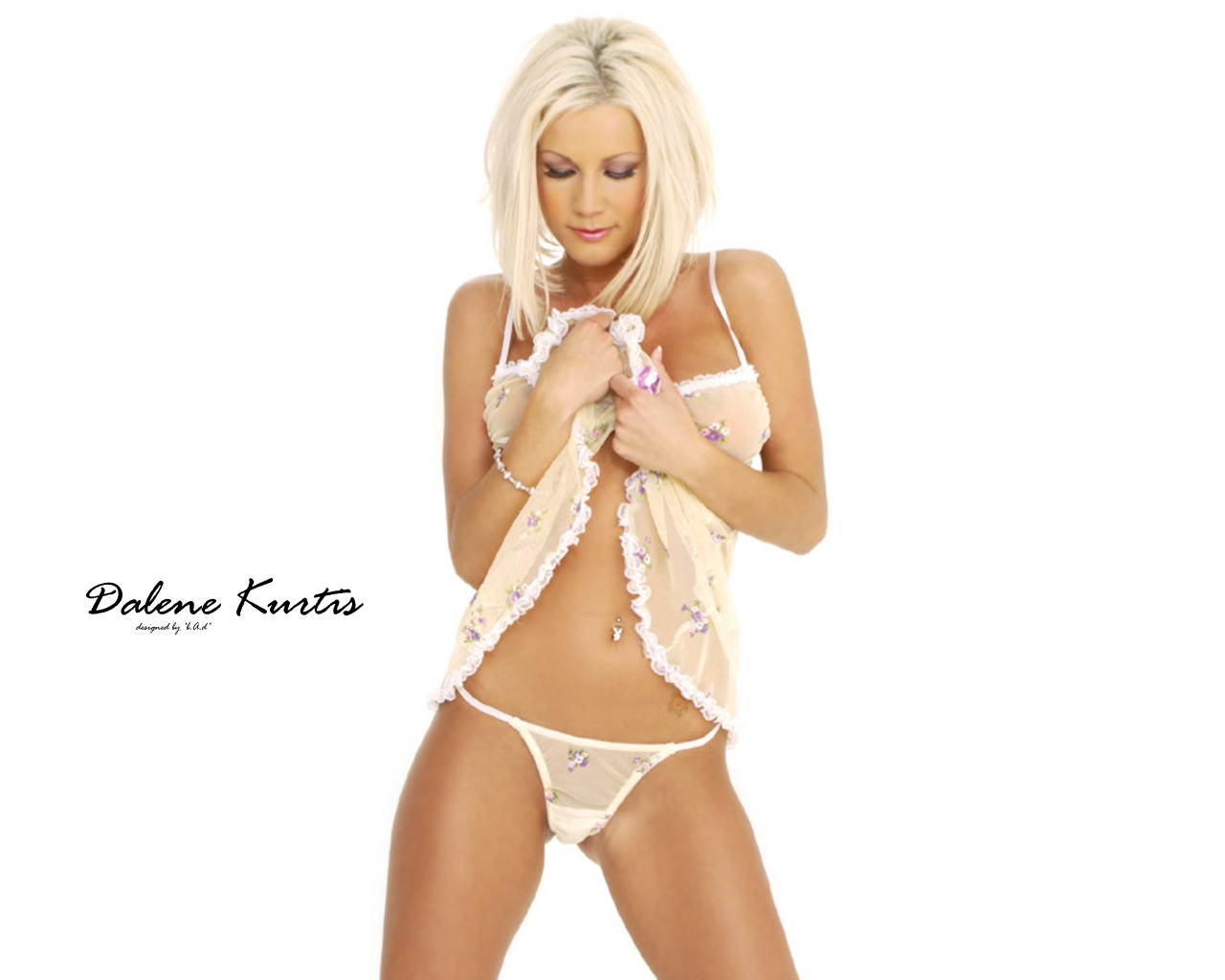 Download High quality Dalene Kurtis wallpaper / Celebrities Female / 1280x1024