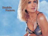 Daniela Pestova / Celebrities Female
