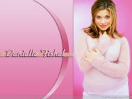 Danielle Fishel / Celebrities Female