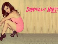 Danielle Harris / Celebrities Female