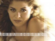 Debra Messing / Celebrities Female