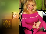 Dolly Parton / Celebrities Female