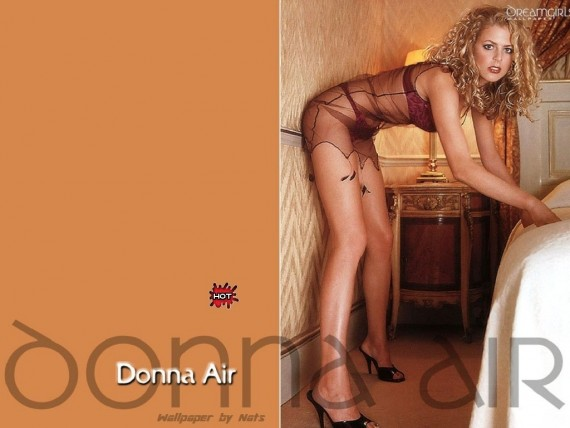 Free Send to Mobile Phone Donna Air Celebrities Female wallpaper num.4