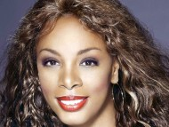 Donna Summer / Celebrities Female