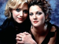Brittany Murphy and Drew Barrymore / Drew Barrymore
