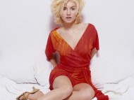 Elisha Cuthbert / HQ Celebrities Female